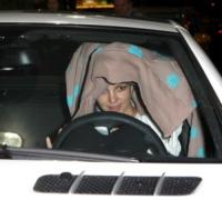 Britney Spears - Beverly Hills - 19-11-2007 - Le celebrity giocano a nascondino con i paparazzi
