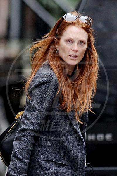 Julianne Moore - New York - 12-10-2012 - Quando il trucco non c'è, si vede eccome