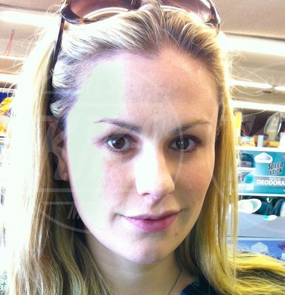 Anna Paquin - Los Angeles - 12-08-2012 - Quando il trucco non c'è, si vede eccome