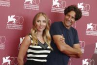 Jonathan Glazer, Scarlett Johansson - Venezia - 03-09-2013 - Festival di Venezia: Scarlett Johansson è una splendida aliena