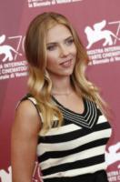 Scarlett Johansson - Venezia - 03-09-2013 - Festival di Venezia: Scarlett Johansson è una splendida aliena