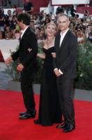James Wilson, Jonathan Glazer, Scarlett Johansson - Venezia - 03-09-2013 - Festival di Venezia: la Johansson in nero per Under the Skin