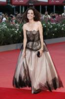 Carmen Chaplin - Venezia - 03-09-2013 - Vade retro abito!: Scarlett Johansson in Versace
