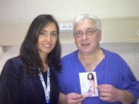 Caterina Balivo - Milano - 28-01-2013 - Non c'è fine alla mania dell'autoscatto: ecco l'hospital selfie