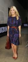 Mollie King - Londra - 19-08-2013 - Il must dell'autunno? Sua Maestà il tartan!