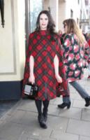 Kate Nash - Londra - 17-02-2013 - Basta tinta unita! Colora l'inverno con un cappotto fantasia!