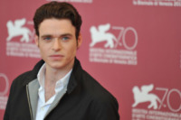 Richard Madden - Venezia - 04-09-2013 - Dustin Hoffman presto in tv in Medici: Masters of Florence