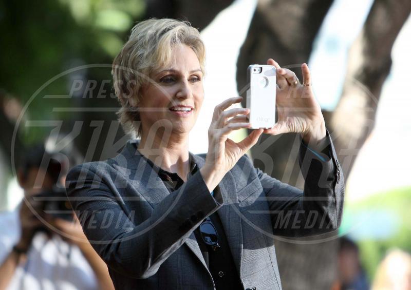 Jane Lynch - Hollywood - 04-09-2013 - Chi di macchina fotografica ferisce…