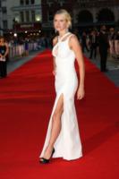 Naomi Watts - Londra - 05-09-2013 - Spacco mio, quanto mi piaci: ecco le celebrity in… gamba!