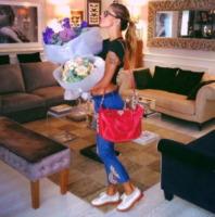 Belen Rodriguez - Los Angeles - 06-09-2013 - Dillo con un tweet: Santiago De Martino è giàun cafone