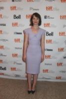 Mia Wasikowska - Toronto - 07-09-2013 - Festival Toronto-Mostra Venezia: la differenza c'è e si vede