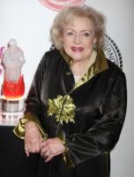 Betty White - New York - 16-05-2012 - Betty White, un'attrice da Guinness dei Primati
