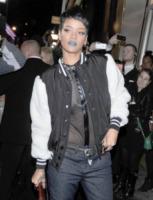 Rihanna - Londra - 10-09-2013 - Rihanna: arresto dopo una foto su Instagram