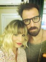 Emma Marrone - Los Angeles - 10-09-2013 - Dillo con un tweet: Emma Marrone ci da' un taglio
