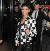 Rihanna - Londra - 11-09-2013 - Rihanna: arresto dopo una foto su Instagram