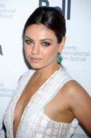 Mila Kunis - Toronto - 11-09-2013 - Anche le celebrity sono state vittime di bullismo a scuola