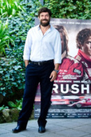 Pierfrancesco Favino - Roma - 13-09-2013 - Chris Hemsworth e Ron Howard presentano Rush a Roma