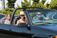 Kaia Gerber, Presley Walker Gerber, Rande Gerber, Cindy Crawford - Los Angeles - 15-09-2013 - Cindy Crawford e Rande Gerber: ecco il nuovo nido da 11 milioni!