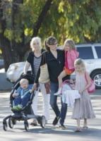 Samuel Affleck, Seraphina Rose Elizabeth Affleck, Violet Anne Affleck, Jennifer Garner - Los Angeles - 15-09-2013 - Jennifer Garner: una casalinga disperata a Los Angeles