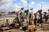 Isola del Giglio, Televisioni - Stampa - Isola del Giglio - 16-09-2013 - Gli occhi del mondo sono puntati sulla Costa Concordia