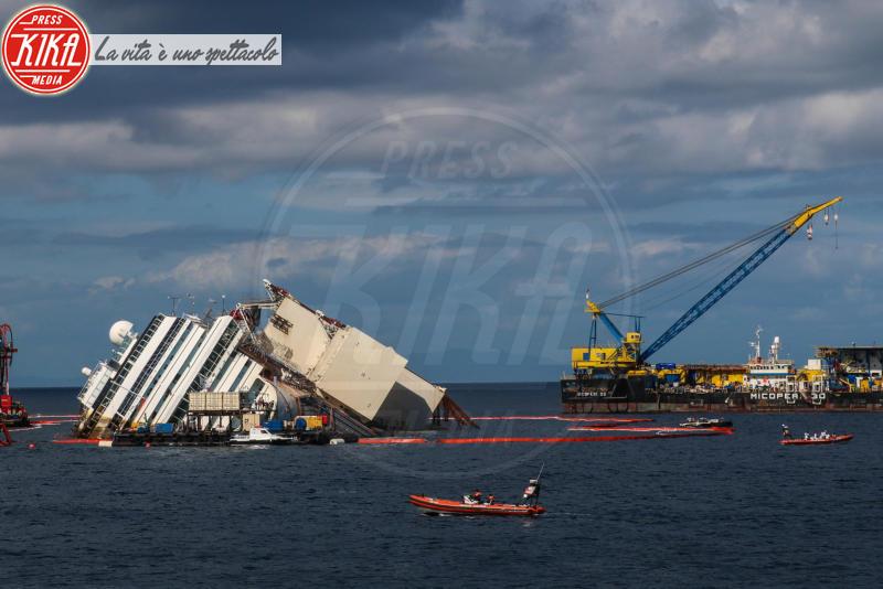Isola del Giglio, Costa Concordia - Isola del Giglio - 16-09-2013 - Costa Concordia: raggiunti i 10 gradi