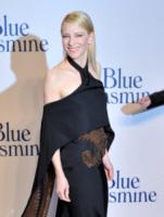 Cate Blanchett - Londra - 17-09-2013 - Cate Blanchett dietro la macchina da presa per The Dinner