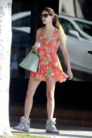 Eiza Gonzales - Los Angeles - 18-09-2013 - Il minidress floreale per sentirsi una jeune fille en fleur