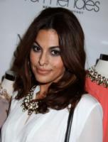 Eva Mendes - New York - 18-09-2013 - Occhiaie: segni del tempo o segni… di fascino?