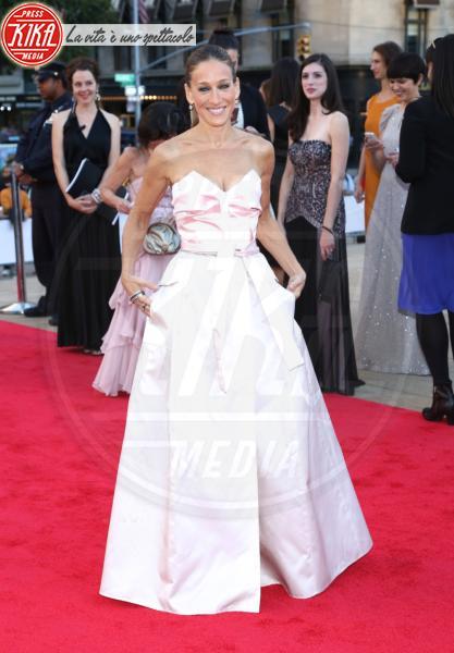 Sarah Jessica Parker - New York - 20-09-2013 - Vade retro abito!: Sarah Jessica Parker in Gurung e Theyskens