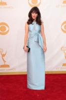 Zooey Deschanel - Los Angeles - 22-09-2013 - Emmy Awards 2013: il piccolo schermo è il protagonista