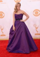 Carrie Underwood - Los Angeles - 22-09-2013 - Emmy Awards 2013: il fascino delle spalle scoperte