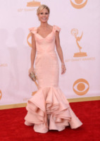 Julie Bowen - Los Angeles - 22-09-2013 - Emmy Awards 2013: tra le peggio vestite c'è anche Heidi Klum