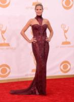 Heidi Klum - Los Angeles - 22-09-2013 - Emmy Awards 2013: il fascino delle spalle scoperte