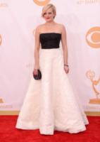 Elisabeth Moss - Los Angeles - 22-09-2013 - Emmy Awards 2013: il piccolo schermo è il protagonista