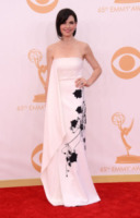 Julianna Margulies - Los Angeles - 22-09-2013 - Emmy Awards 2013: il fascino delle spalle scoperte
