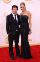 Tracy Pollan, Michael J.  Fox - Los Angeles - 22-09-2013 - Emmy Awards 2013: il fascino delle spalle scoperte