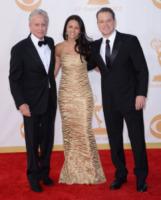 Luciana Barroso, Matt Damon, Michael Douglas - Los Angeles - 22-09-2013 - Emmy Awards 2013: il piccolo schermo è il protagonista