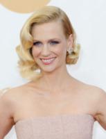 January Jones - Los Angeles - 22-09-2013 - Emmy Awards 2013: il piccolo schermo è il protagonista