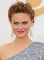 Emily Deschanel - Los Angeles - 23-09-2013 - Emmy Awards 2013: il piccolo schermo è il protagonista