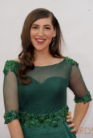 Mayim Bialik - Los Angeles - 22-09-2013 - Emmy Awards 2013: il piccolo schermo è il protagonista
