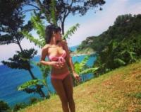 Rihanna - Los Angeles - 23-09-2013 - Dillo con un tweet: le sexy vacanze in Thailandia di Rihanna