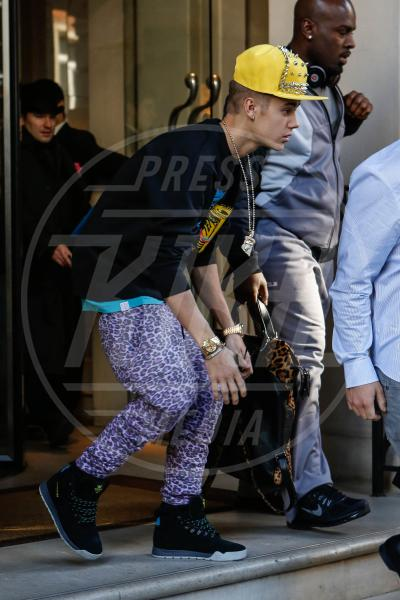 Justin Bieber - Londra - 27-02-2013 - Justin a confronto: quando l'eleganza è innata