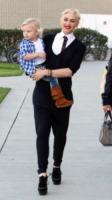 Gwen Stefani - Los Angeles - 22-01-2011 - Quando le dive rubano dall'armadio di lui