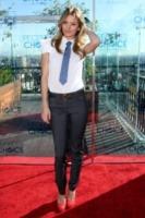 AnnaLynne McCord - Los Angeles - 09-11-2010 - Quando le dive rubano dall'armadio di lui