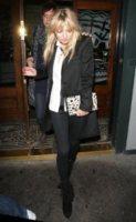 Jamie Hince, Kate Moss - Londra - 15-12-2010 - Quando le dive rubano dall'armadio di lui