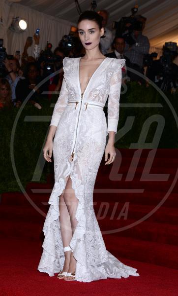 Rooney Mara - New York - 06-05-2013 - Il rossetto dell'autunno? E' rosso Burgundy