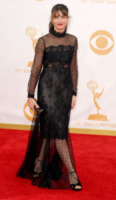 Amanda Peet - Los Angeles - 22-09-2013 - Emmy Awards 2013: il piccolo schermo è il protagonista