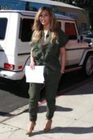 Kim Kardashian - Los Angeles - 24-09-2013 - Con le celebs anche la tuta diventa fashion!
