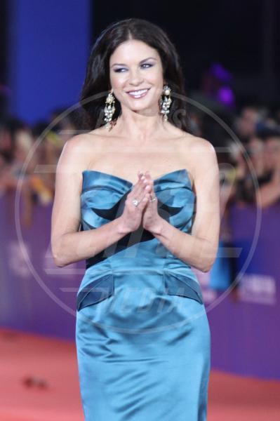 Catherine Zeta Jones - Qingdao - 22-09-2013 - Di nuovo insieme: Michael Douglas torna dalla sua Catherine