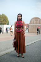 Miroslava Duma - Milano - 24-09-2013 - Il must dell'autunno? Sua Maestà il tartan!